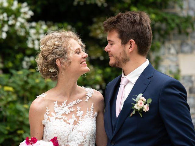 Le mariage de Thomas et Hélène à Rouxmesnil-Bouteilles, Seine-Maritime 31