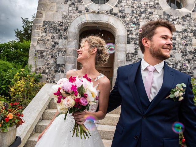 Le mariage de Thomas et Hélène à Rouxmesnil-Bouteilles, Seine-Maritime 49