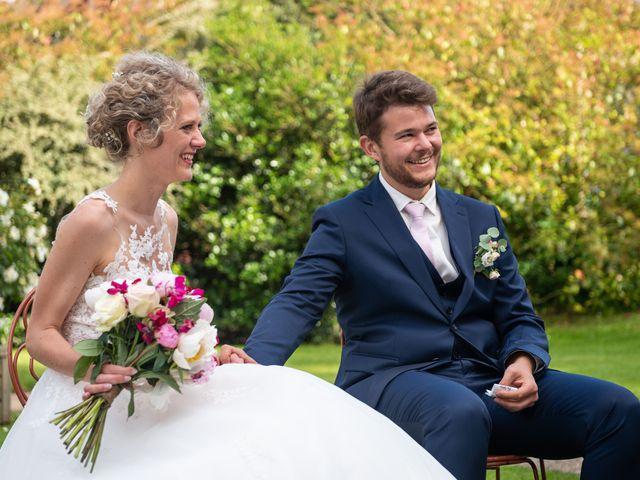 Le mariage de Thomas et Hélène à Rouxmesnil-Bouteilles, Seine-Maritime 62