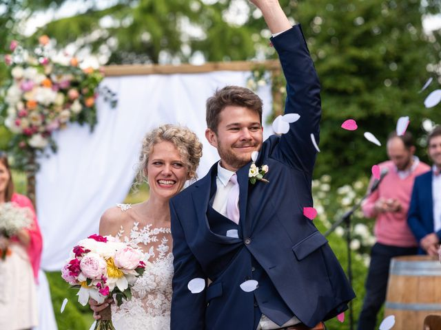 Le mariage de Thomas et Hélène à Rouxmesnil-Bouteilles, Seine-Maritime 70