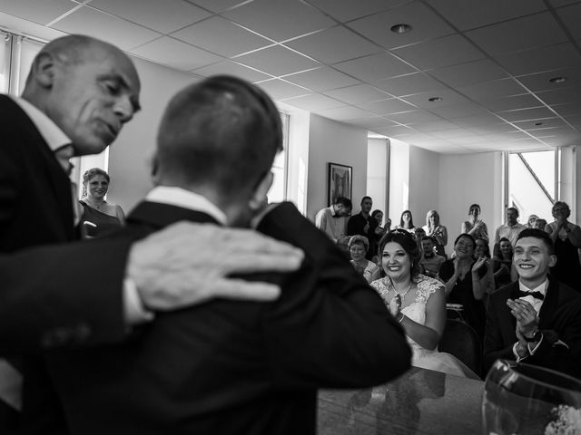Le mariage de Logan et Marion à Souffelweyersheim, Bas Rhin 25