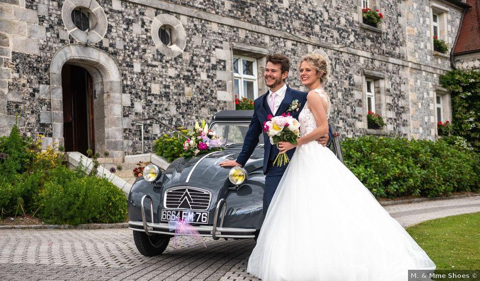 Le mariage de Thomas et Hélène à Rouxmesnil-Bouteilles, Seine-Maritime