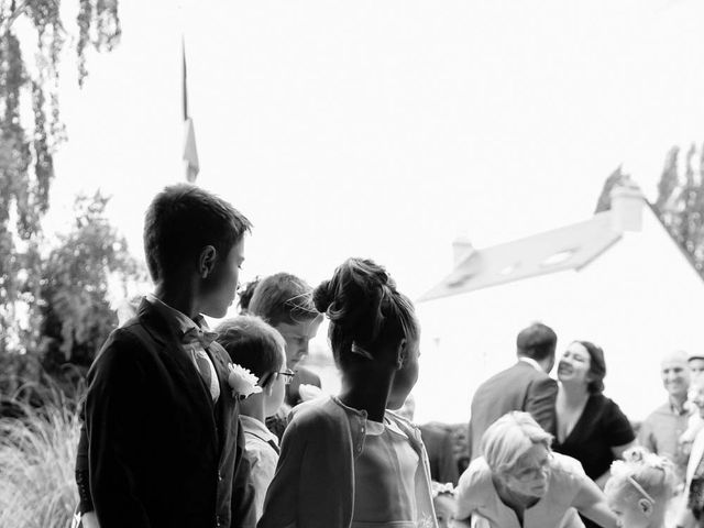 Le mariage de David et Marie à Hanches, Eure-et-Loir 14