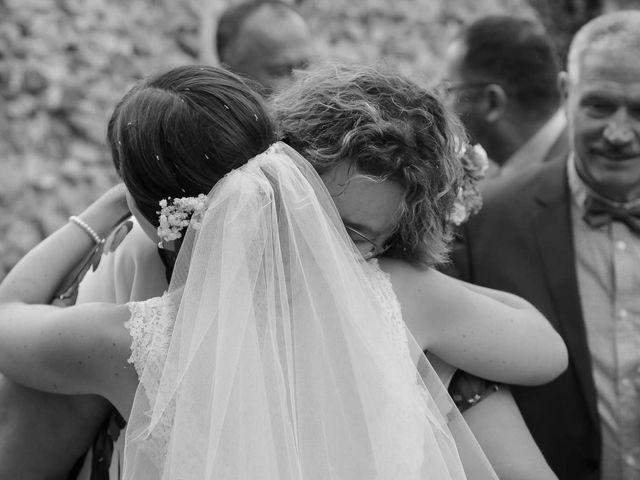 Le mariage de David et Marie à Hanches, Eure-et-Loir 46