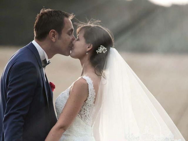 Le mariage de David et Marie à Hanches, Eure-et-Loir 1