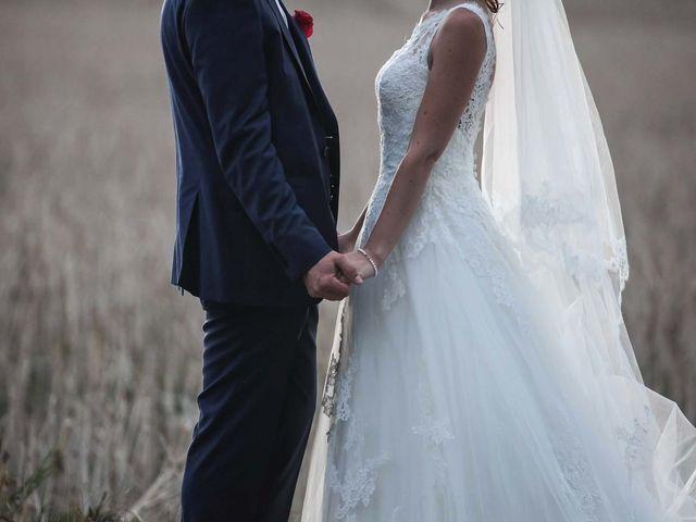 Le mariage de David et Marie à Hanches, Eure-et-Loir 76