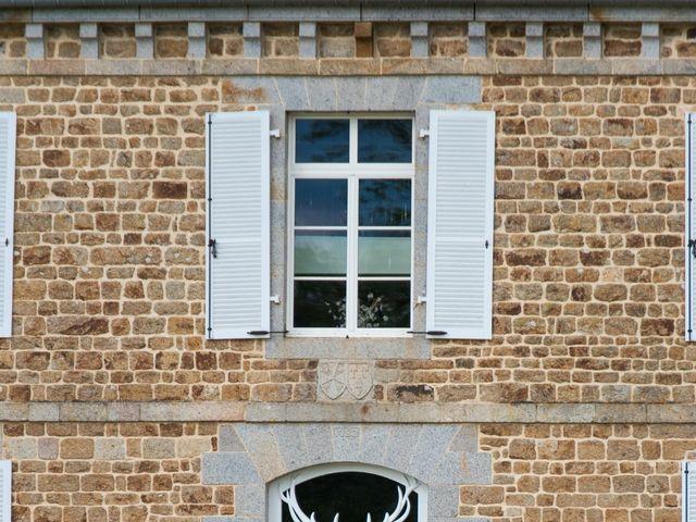 Le mariage de Vincent et Camille à Mézières-sur-Couesnon, Ille et Vilaine 32