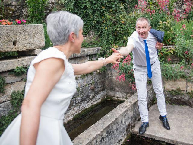 Le mariage de Laurence et Domnique à Saint-Sorlin-en-Bugey, Ain 2