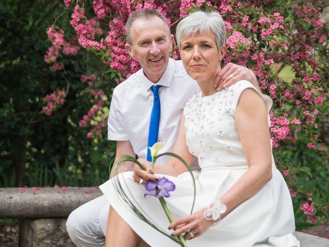 Le mariage de Laurence et Domnique à Saint-Sorlin-en-Bugey, Ain 3