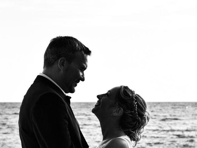 Le mariage de Christopher et Charlotte à Saint-Raphaël, Var 12