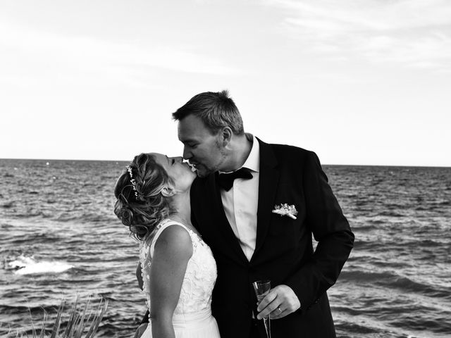 Le mariage de Christopher et Charlotte à Saint-Raphaël, Var 26