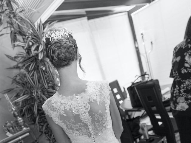 Le mariage de Valentin et Charlotte à L'Étang-la-Ville, Yvelines 8