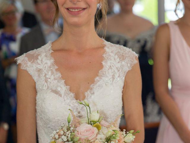 Le mariage de Valentin et Charlotte à L'Étang-la-Ville, Yvelines 14