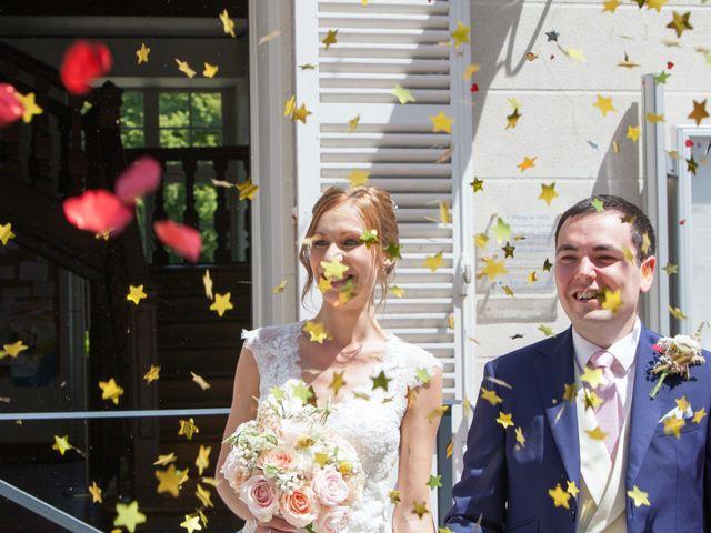 Le mariage de Valentin et Charlotte à L'Étang-la-Ville, Yvelines 16