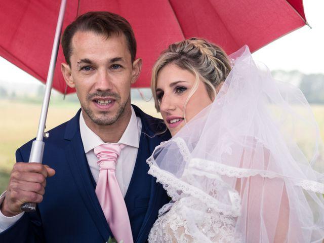 Le mariage de Julien et Mélanie à Ranchot, Jura 13