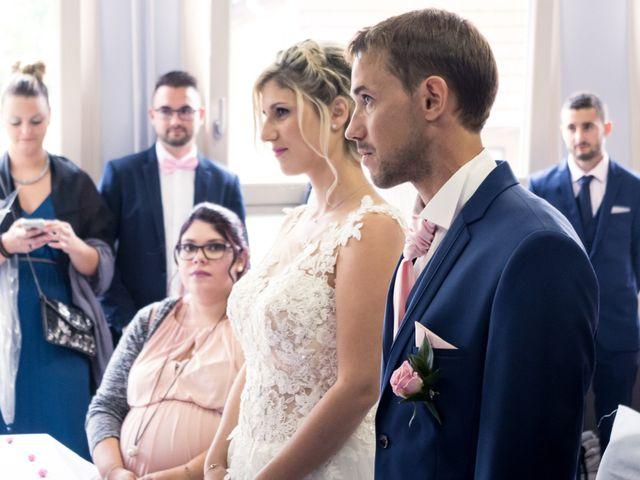 Le mariage de Julien et Mélanie à Ranchot, Jura 14