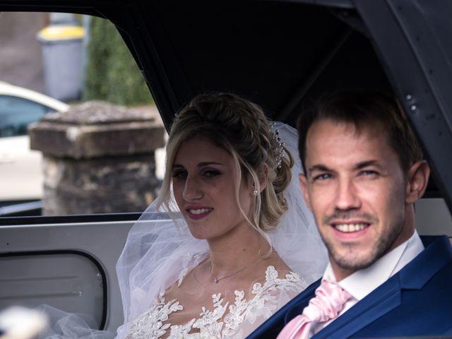 Le mariage de Julien et Mélanie à Ranchot, Jura 21