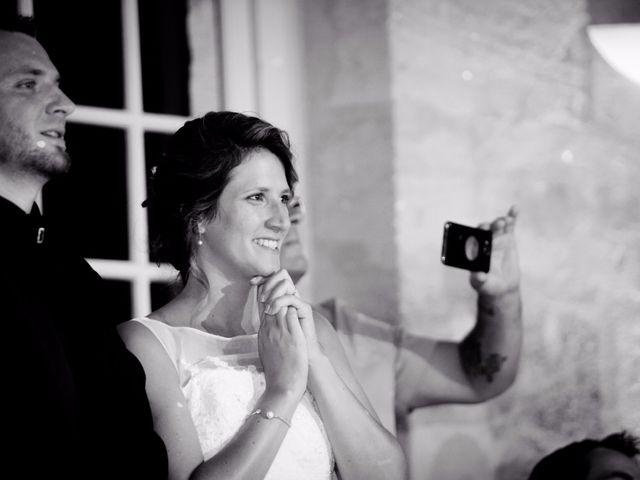 Le mariage de Florent et Coralie à Vayres, Gironde 17