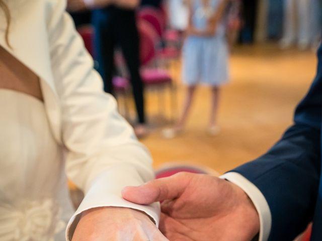 Le mariage de Olivier et Isabelle à Ormesson-sur-Marne, Val-de-Marne 8