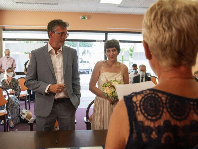 Le mariage de Céline et Yvan à Concarneau, Finistère 16
