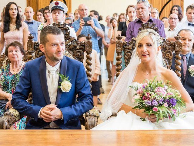 Le mariage de Sylvain et Morgane à Voiron, Isère 16