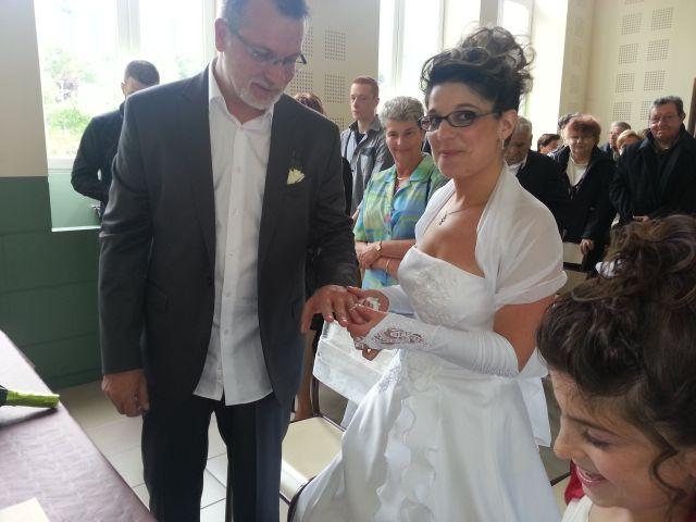 Le mariage de Isabelle et Philippe à Le Cheylard, Ardèche 17