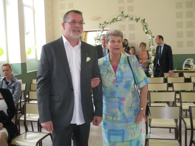 Le mariage de Isabelle et Philippe à Le Cheylard, Ardèche 15