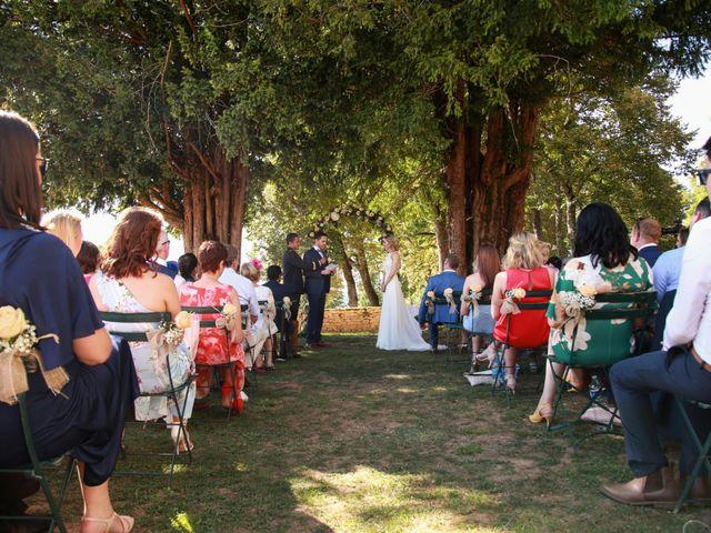 Le mariage de Arnaud et Ciara à Sarlat-la-Canéda, Dordogne 30