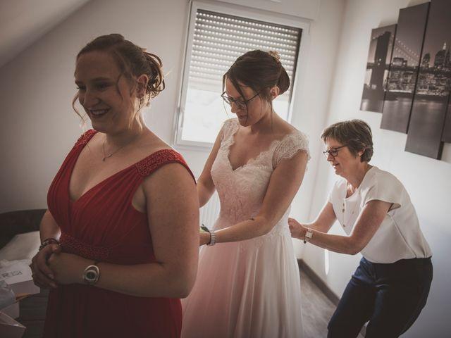 Le mariage de Romain et Amandine à Bailleul, Nord 5