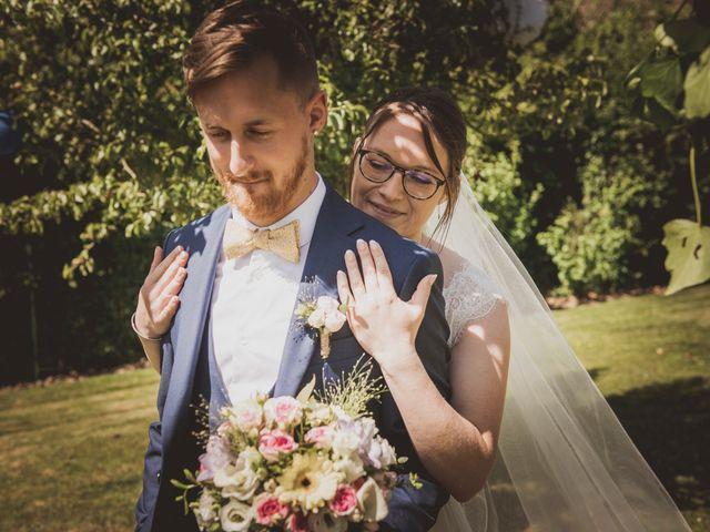 Le mariage de Romain et Amandine à Bailleul, Nord 14