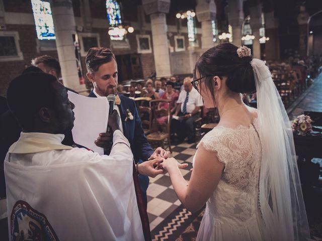Le mariage de Romain et Amandine à Bailleul, Nord 26