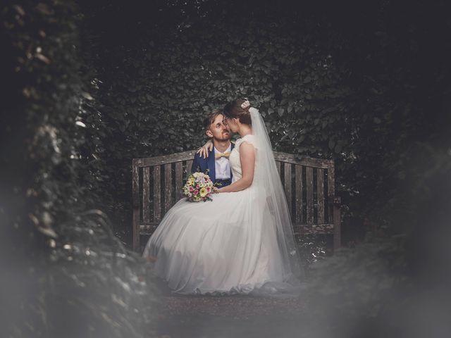 Le mariage de Romain et Amandine à Bailleul, Nord 60