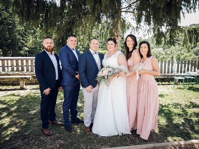 Le mariage de Bastien  et Othilie à Chambost-Allières, Rhône 3