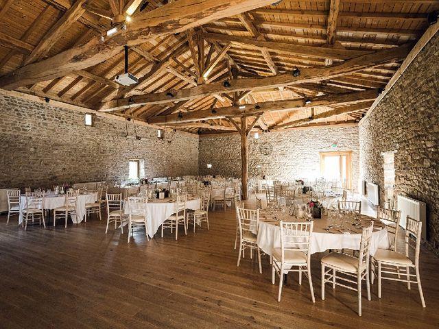 Le mariage de Bastien  et Othilie à Chambost-Allières, Rhône 6
