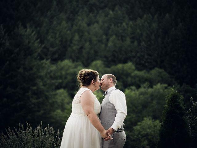 Le mariage de Bastien  et Othilie à Chambost-Allières, Rhône 14