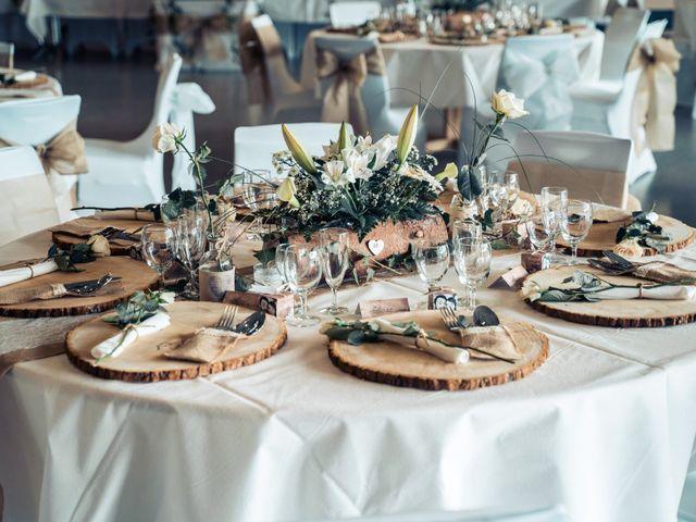 Le mariage de Maxime et Emina à Labergement-Sainte-Marie, Doubs 18