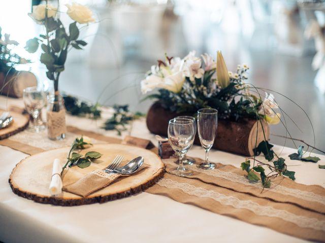 Le mariage de Maxime et Emina à Labergement-Sainte-Marie, Doubs 20