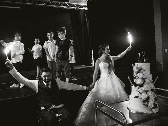 Le mariage de Maxime et Emina à Labergement-Sainte-Marie, Doubs 33