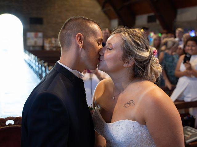 Le mariage de Julien et Sabrina à Vannes, Morbihan 37
