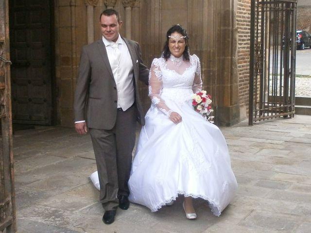 Le mariage de Julien et Elodie à Pamiers, Ariège 10
