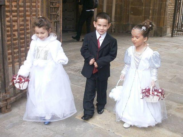 Le mariage de Julien et Elodie à Pamiers, Ariège 21