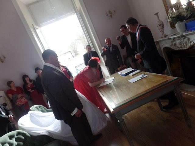 Le mariage de Julien et Elodie à Pamiers, Ariège 37