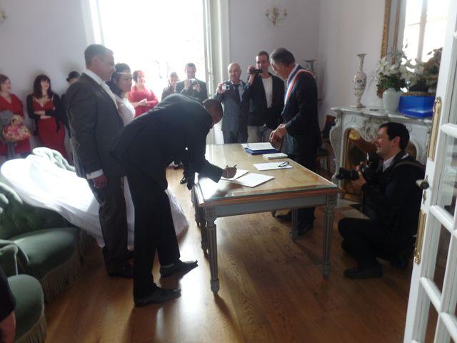 Le mariage de Julien et Elodie à Pamiers, Ariège 41