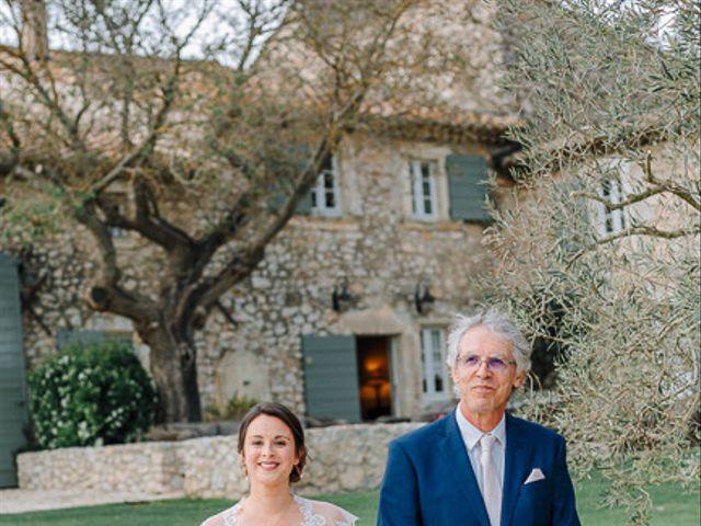 Le mariage de Julian et Sophie à Orgon, Bouches-du-Rhône 39