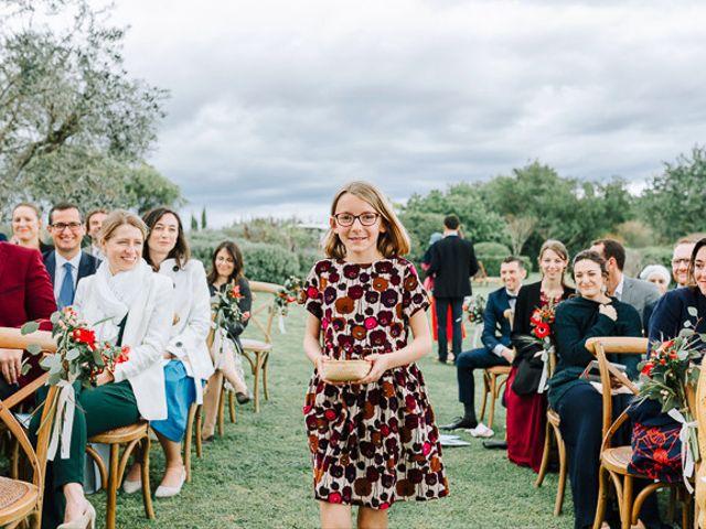 Le mariage de Julian et Sophie à Orgon, Bouches-du-Rhône 56