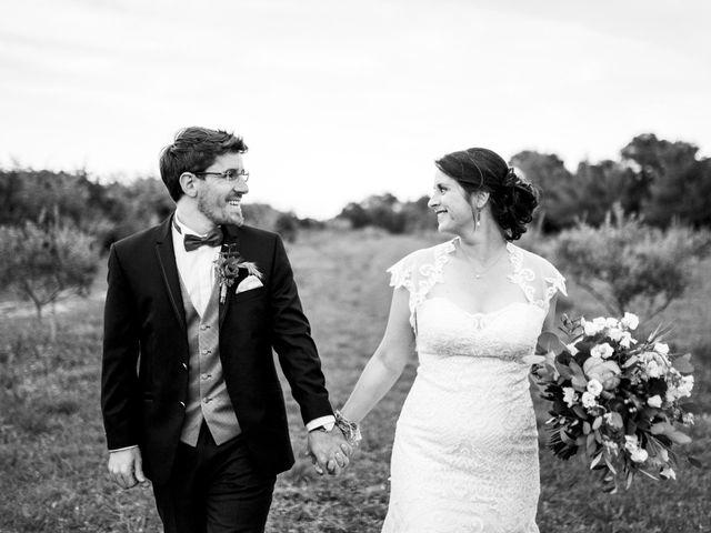 Le mariage de Julian et Sophie à Orgon, Bouches-du-Rhône 71