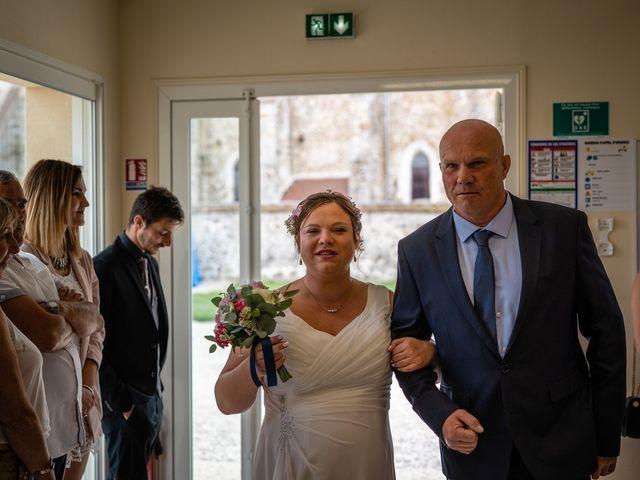 Le mariage de Mikaël et Laura à Saint-Loup-de-Buffigny, Aube 30