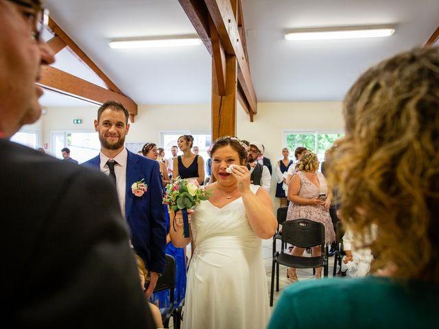 Le mariage de Mikaël et Laura à Saint-Loup-de-Buffigny, Aube 31