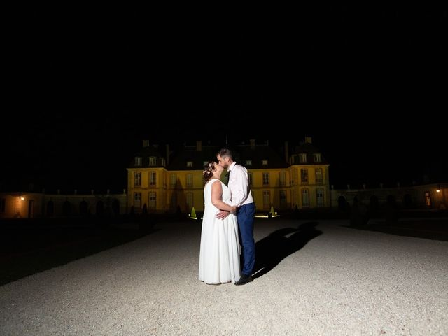 Le mariage de Mikaël et Laura à Saint-Loup-de-Buffigny, Aube 56
