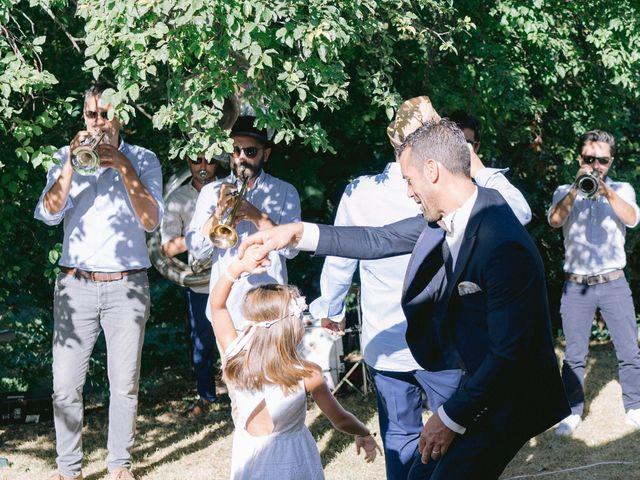 Le mariage de Jerome et Karine à Vayres, Gironde 12